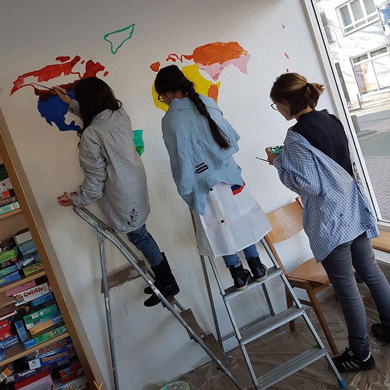 Kinder malen bei Willma